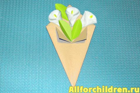 Букетик цветов из ватных дисков