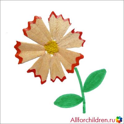 Цветок из карандашных стружек