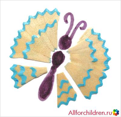 Бабочка из карандашной стружки