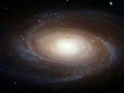 Спиральная галактика M81 в созвездии Большая Медведица (Галактика Боде, тип Sb)