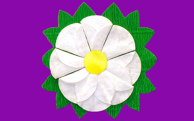 Цветок из ватных дисков