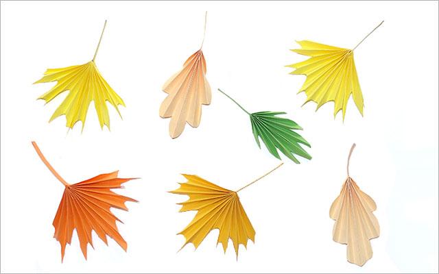 Осенние листья из бумажных гармошек